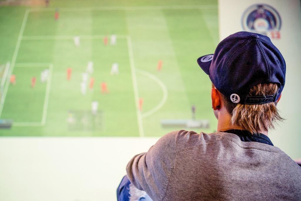Bild_Image_FIFA_Promi_Kickerl