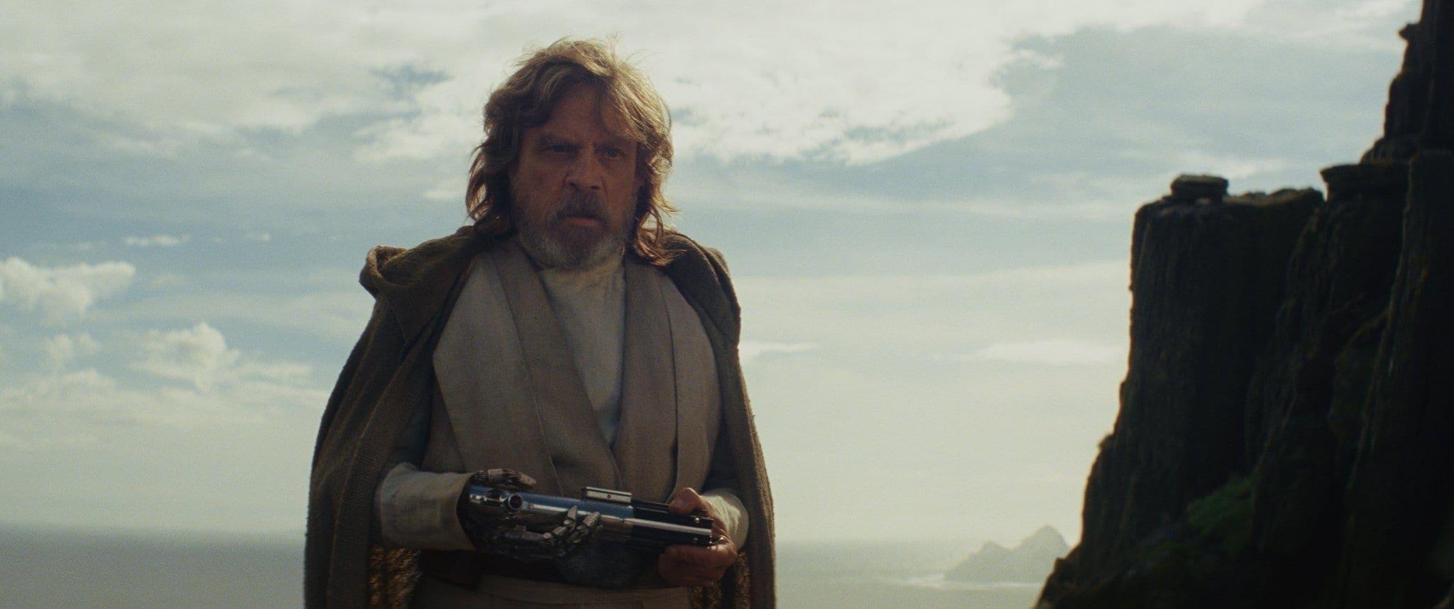 Star Wars: The Last Jedi..Luke Skywalker (Mark Hamill)..Photo: Lucasfilm Ltd. ..© 2017 Lucasfilm Ltd. All Rights Reserved.