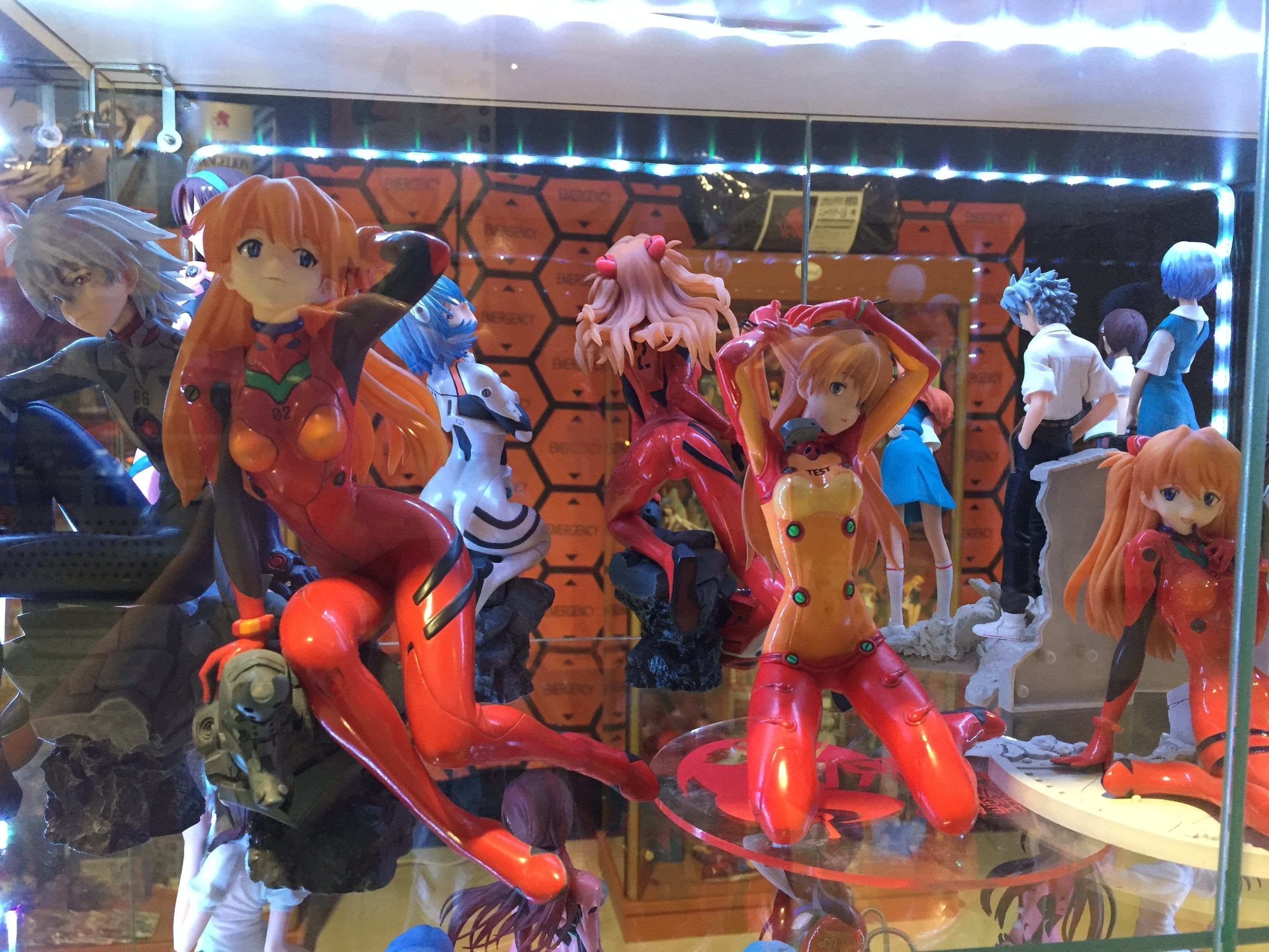 Michi Thells Neon Evangelion Sammlung wurde im Rahmen des Evangelion Museums auch wieder auf der MIJ ausgestellt