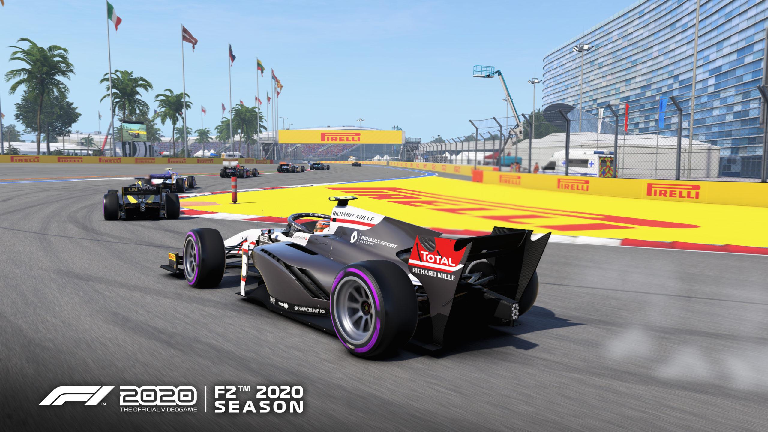 Screenshot von Spiel F1202 zeigt eine Verfolgung mehrere Rennwägen der neu hinzugefügten F2-Season, die auf den Betrachter zufahren